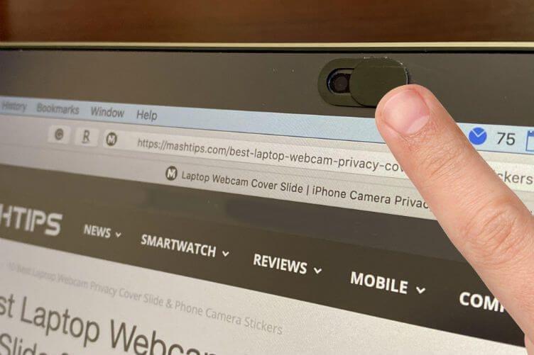 Apple vydal prohlášení proč nezakrývat kameru MacBooku.
