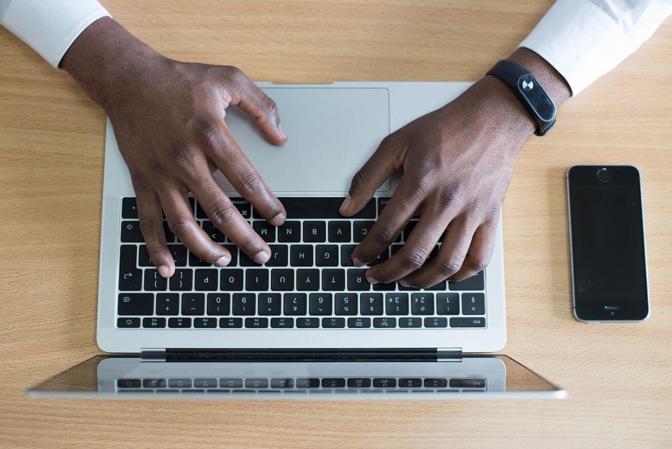 3 způsoby, jak zkontrolovat velikost složky v systému Mac