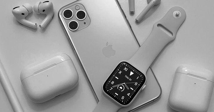 Proč je většina Apple příslušenství v bílém provedení?