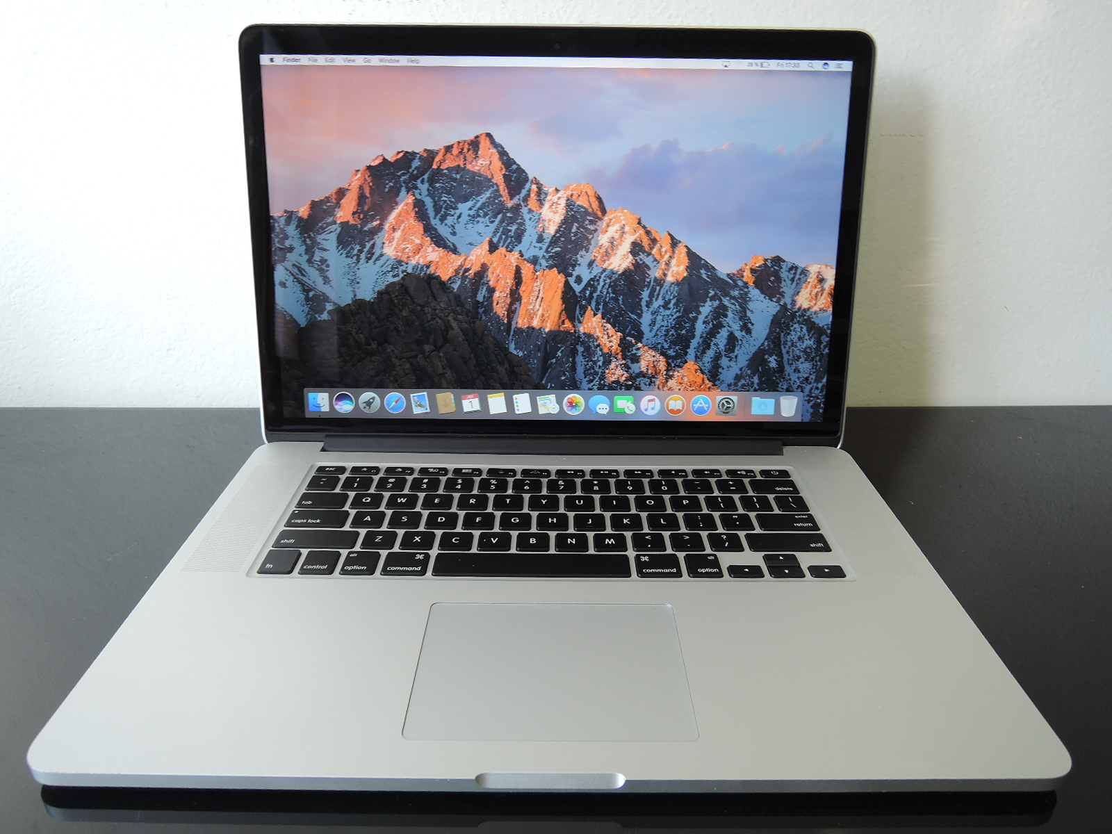 "MacBook PRO RETINA 15.4"" /i7 2GHz/8GB RAM/256GB SSD"