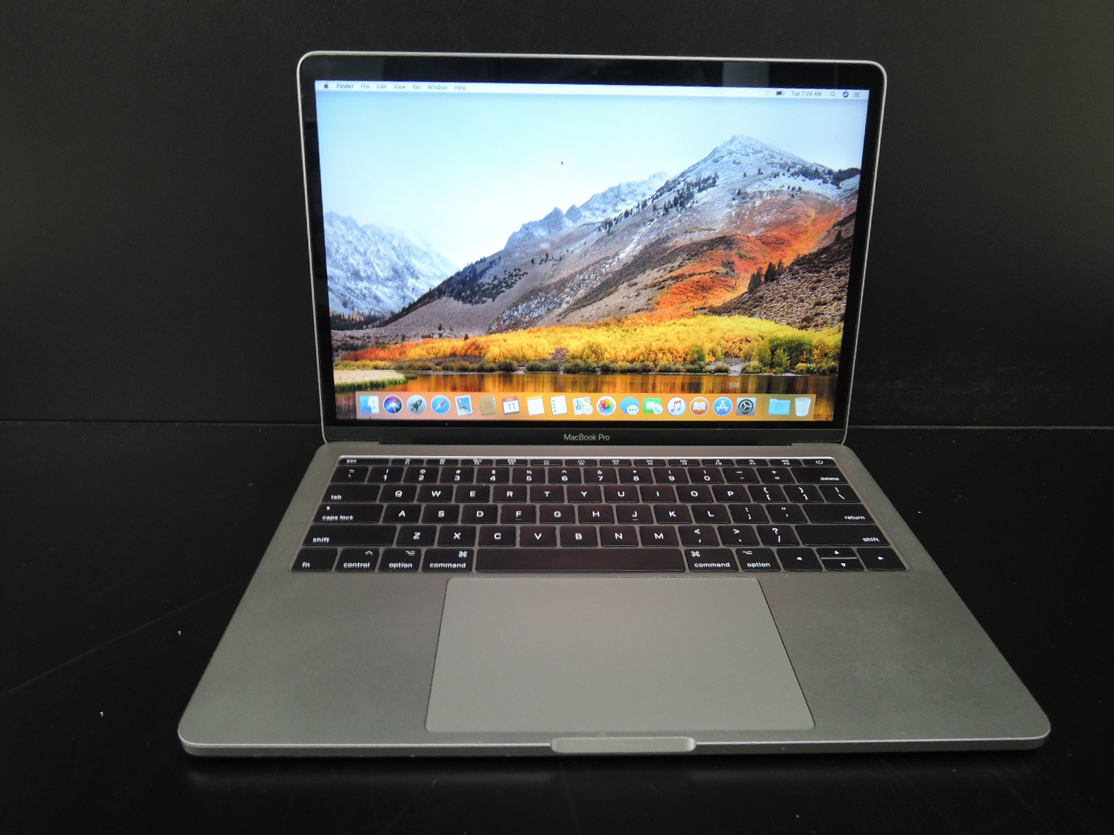 "MacBook PRO RETINA 2017 13.3""/i5 2.3GHz/8GB RAM/256GB SSD"