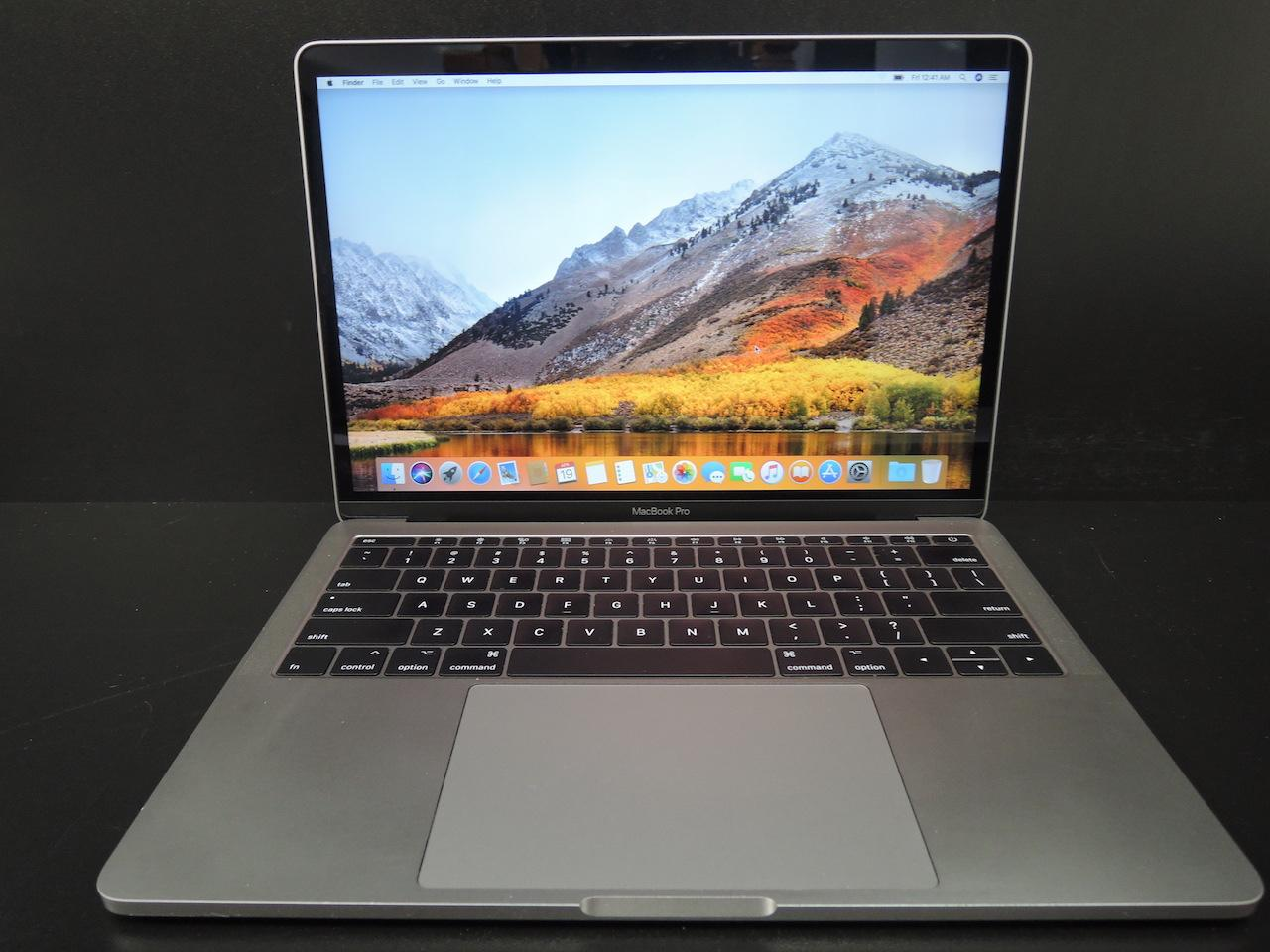 "MacBook PRO RETINA 2017 13.3""/i5 2.3GHz/8GB RAM/256GB SSD + APPLECARE +"