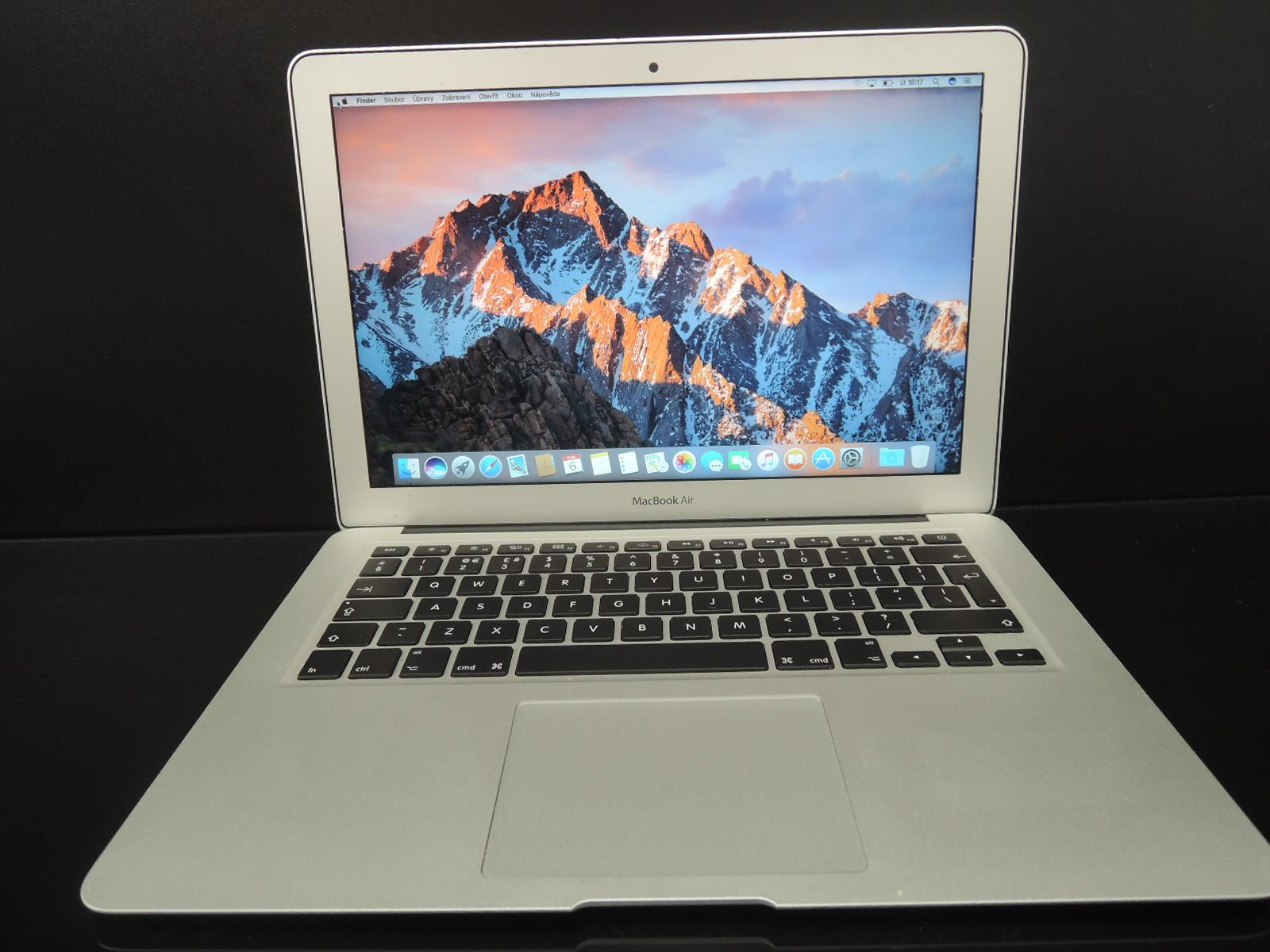 "MacBook AIR 13.3"" CTO/i7 2.0GHz/4GB RAM/256GB SSD"