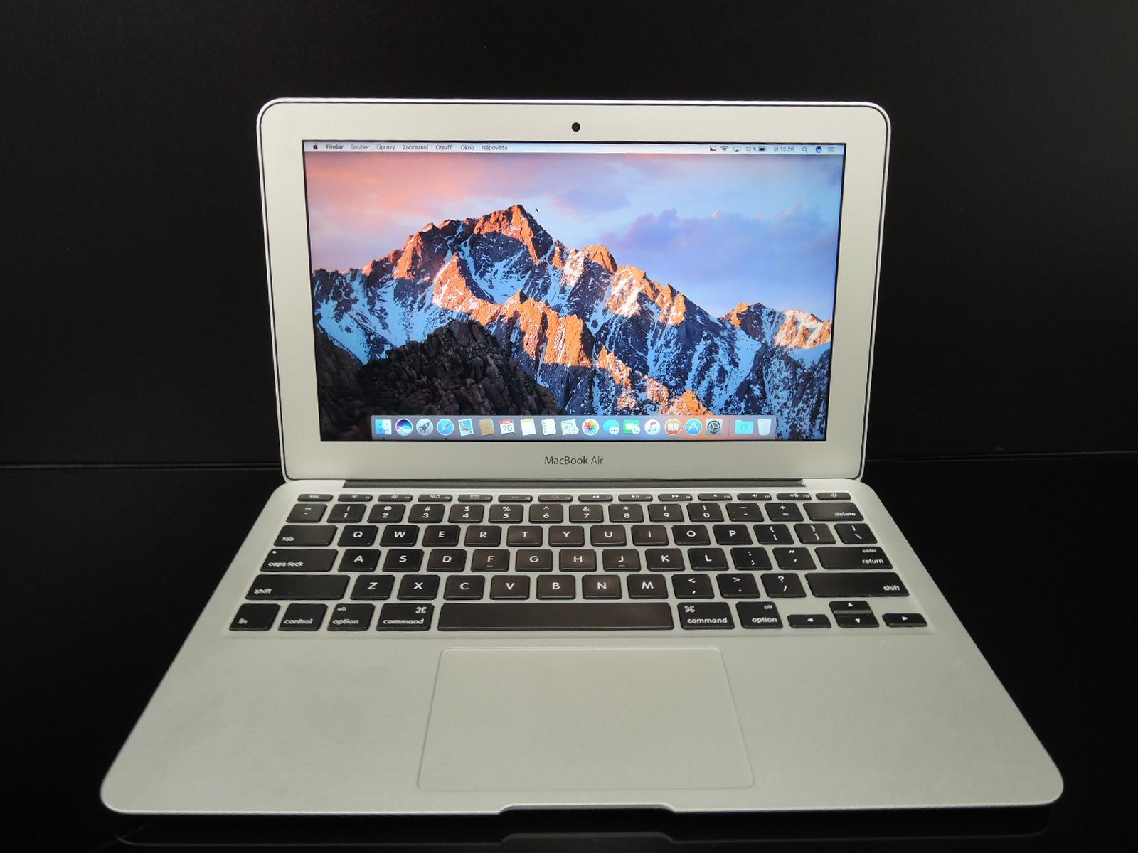 "MacBook AIR 11.6""/i5 1.4GHz/4GB RAM/128GB SSD"