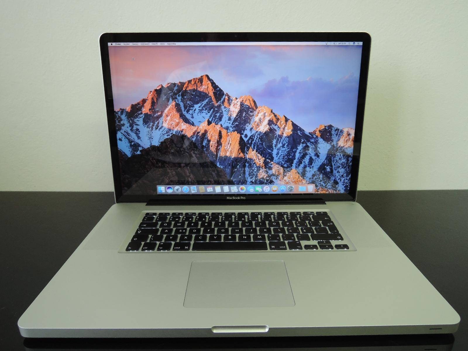 "MacBook PRO 17"" /i7 2.4 GHz/4GB RAM/512GB SSD"