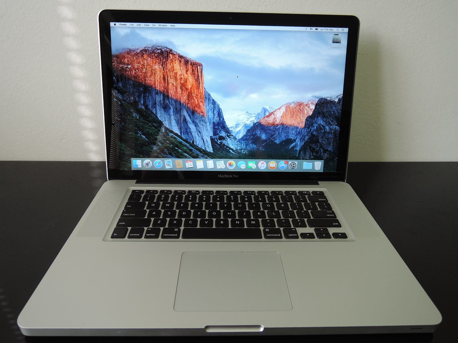 "MacBook PRO 15.4"" /i7 2.6 GHz/8GB RAM/750GB HDD"