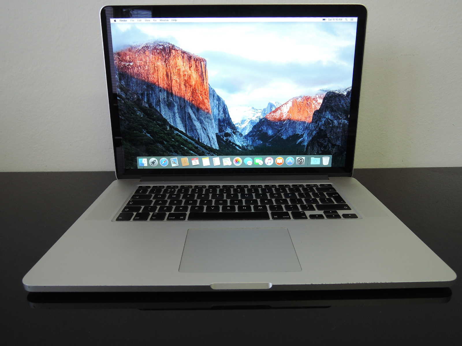 "MacBook PRO RETINA 15.4"" /i7 2.4 GHz/8GB RAM/256GB SSD"