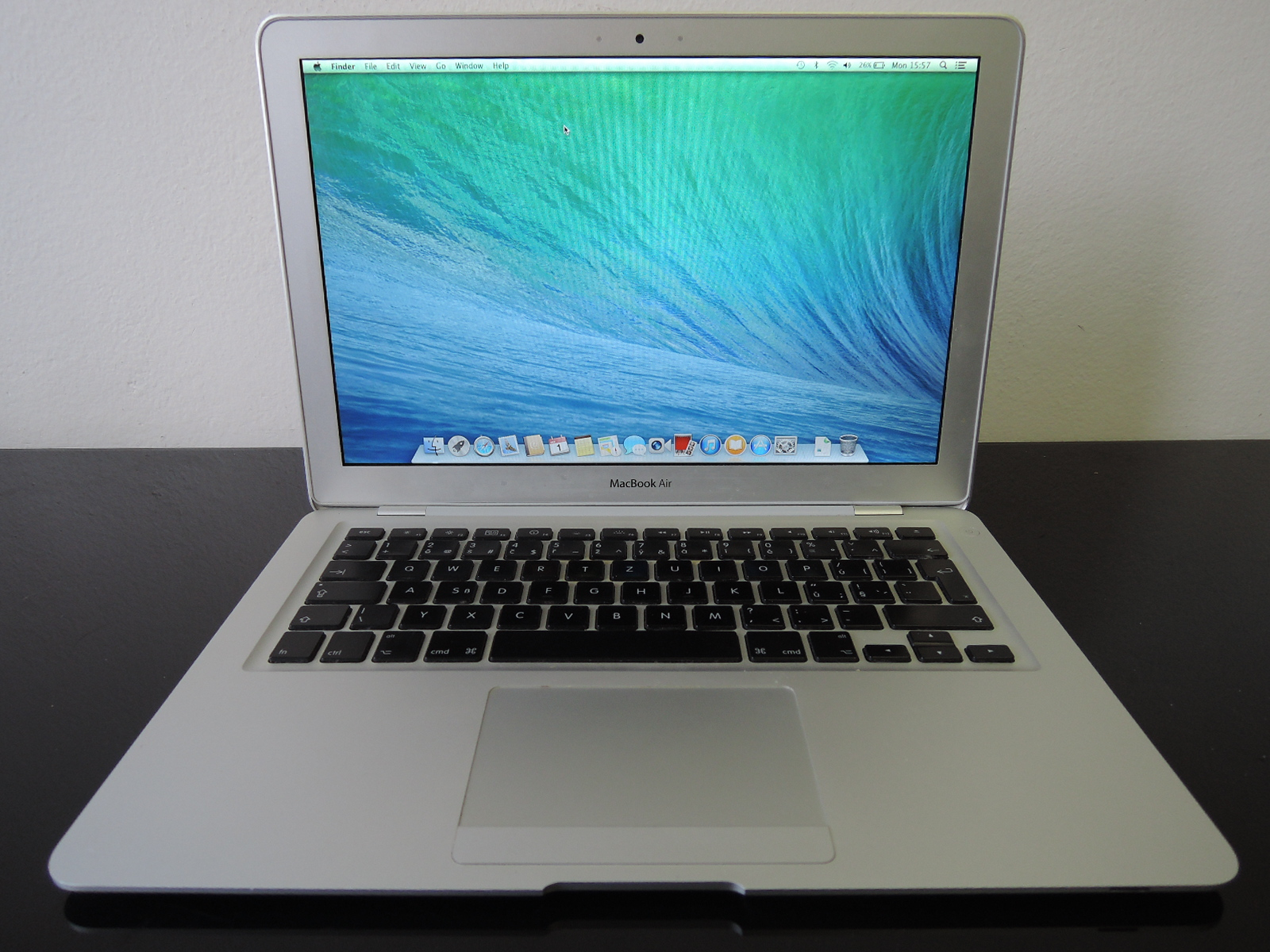 "MacBook AIR 13.3""/C2D 1.6 GHz/2GB RAM/128GB SSD"