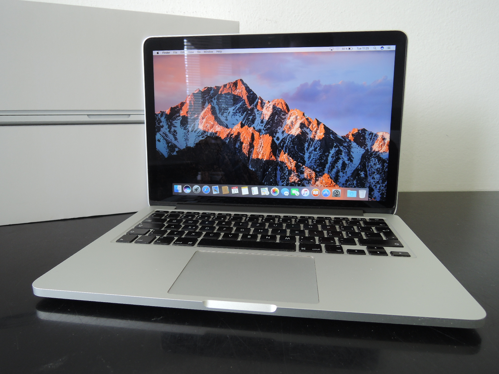 "MacBook PRO RETINA 13.3""/i5 2.5 GHz/8GB RAM/128GB SSD"