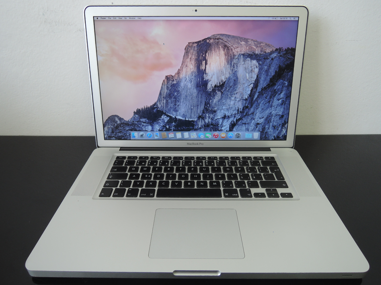 "MacBook PRO 15.4"" /i7 2.4 GHz/8GB RAM/750GB HDD"