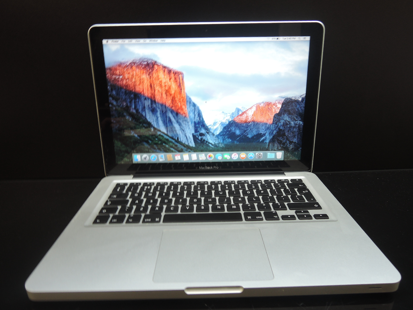 "MacBook PRO 13.3""/i5 2.5 GHz/4GB RAM/320GB HDD"