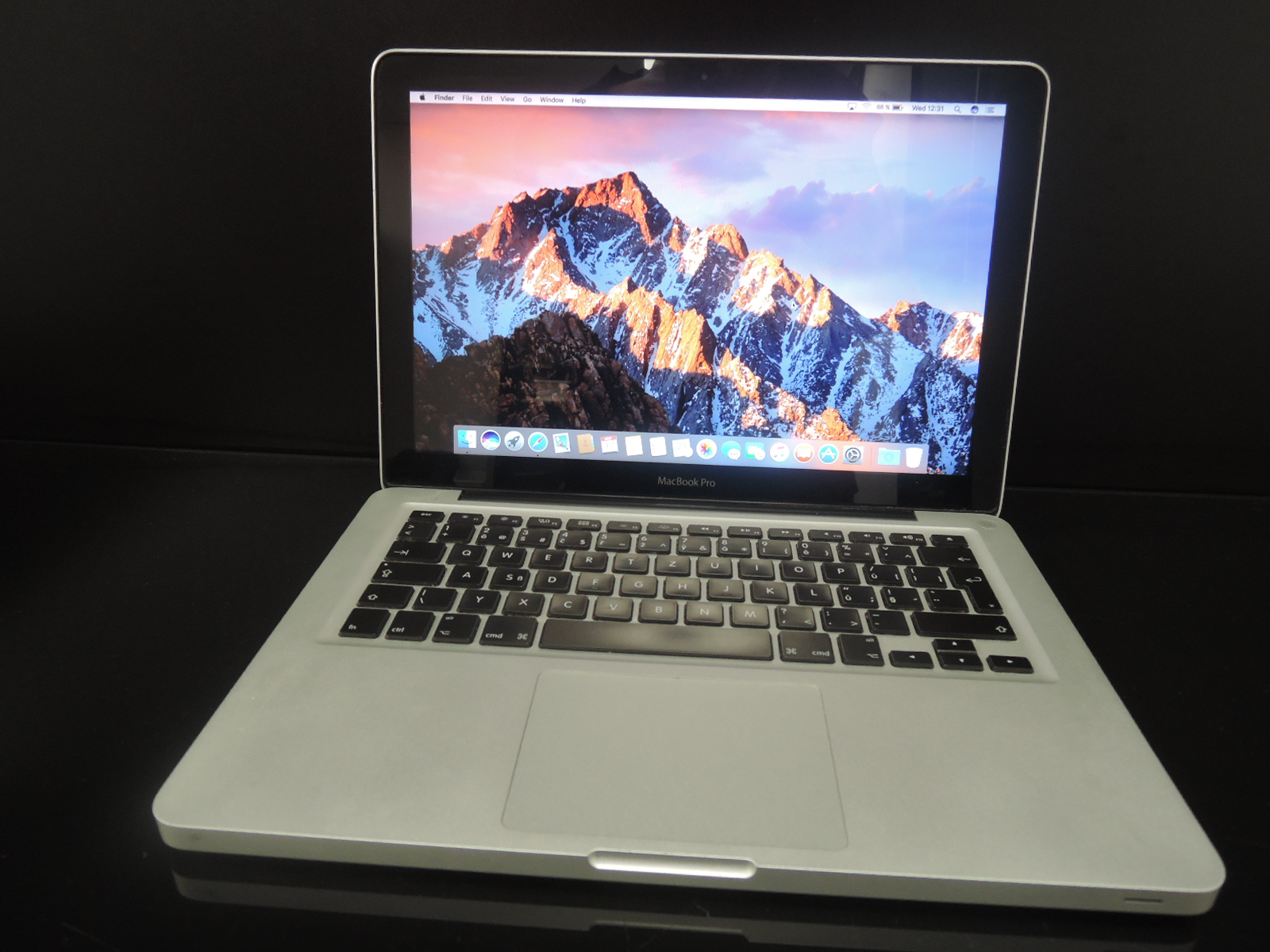 "MacBook PRO 13.3""/i5 2.4 GHz/4GB RAM/500GB HDD"