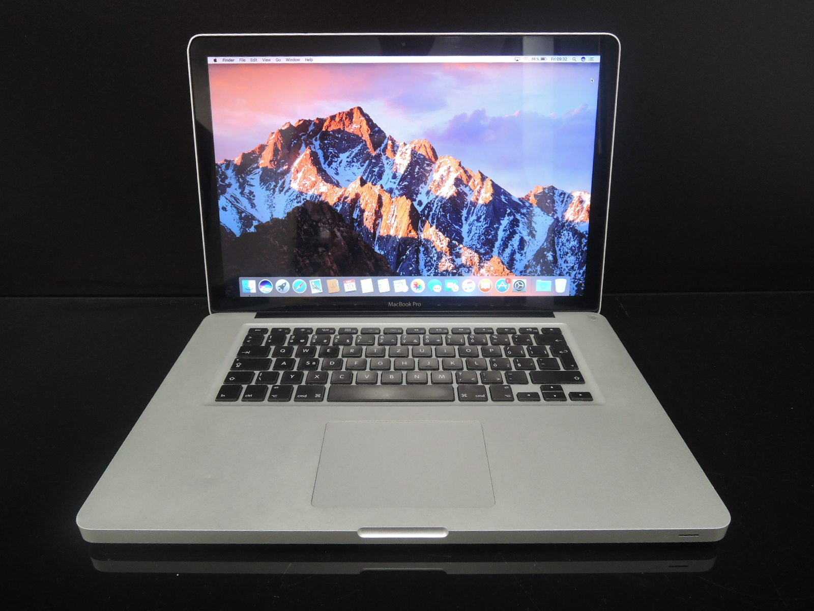 "MacBook PRO 15.4"" /i7 2 GHz/12GB RAM/256GB SSD"