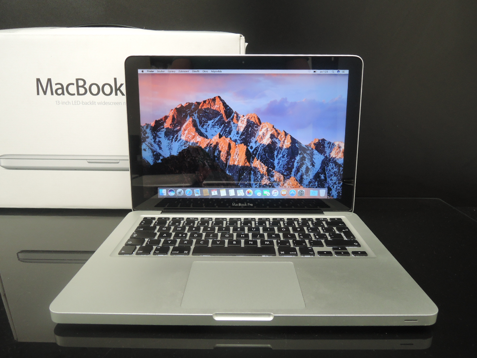 "MacBook PRO 13.3""/i5 2.3 GHz/8GB RAM/320GB HDD"