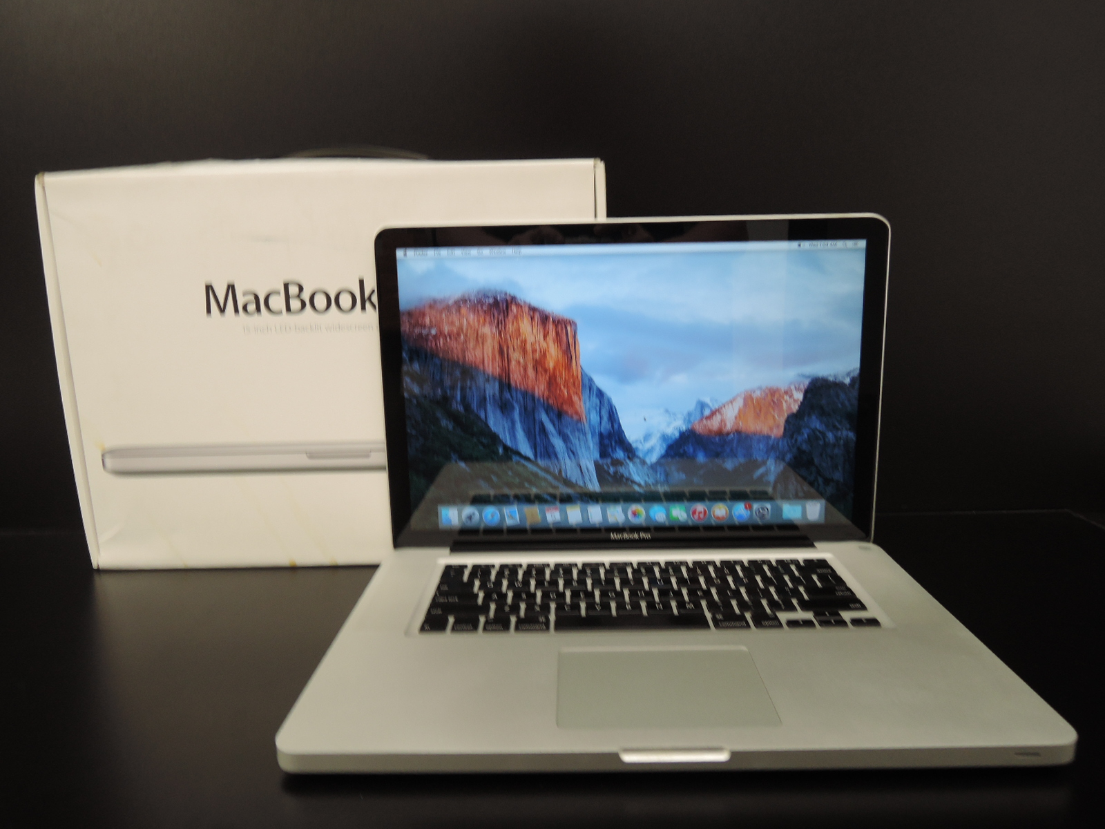 "MacBook PRO 15.4""/C2D 2.4 GHz/8GB RAM/250GB HDD"