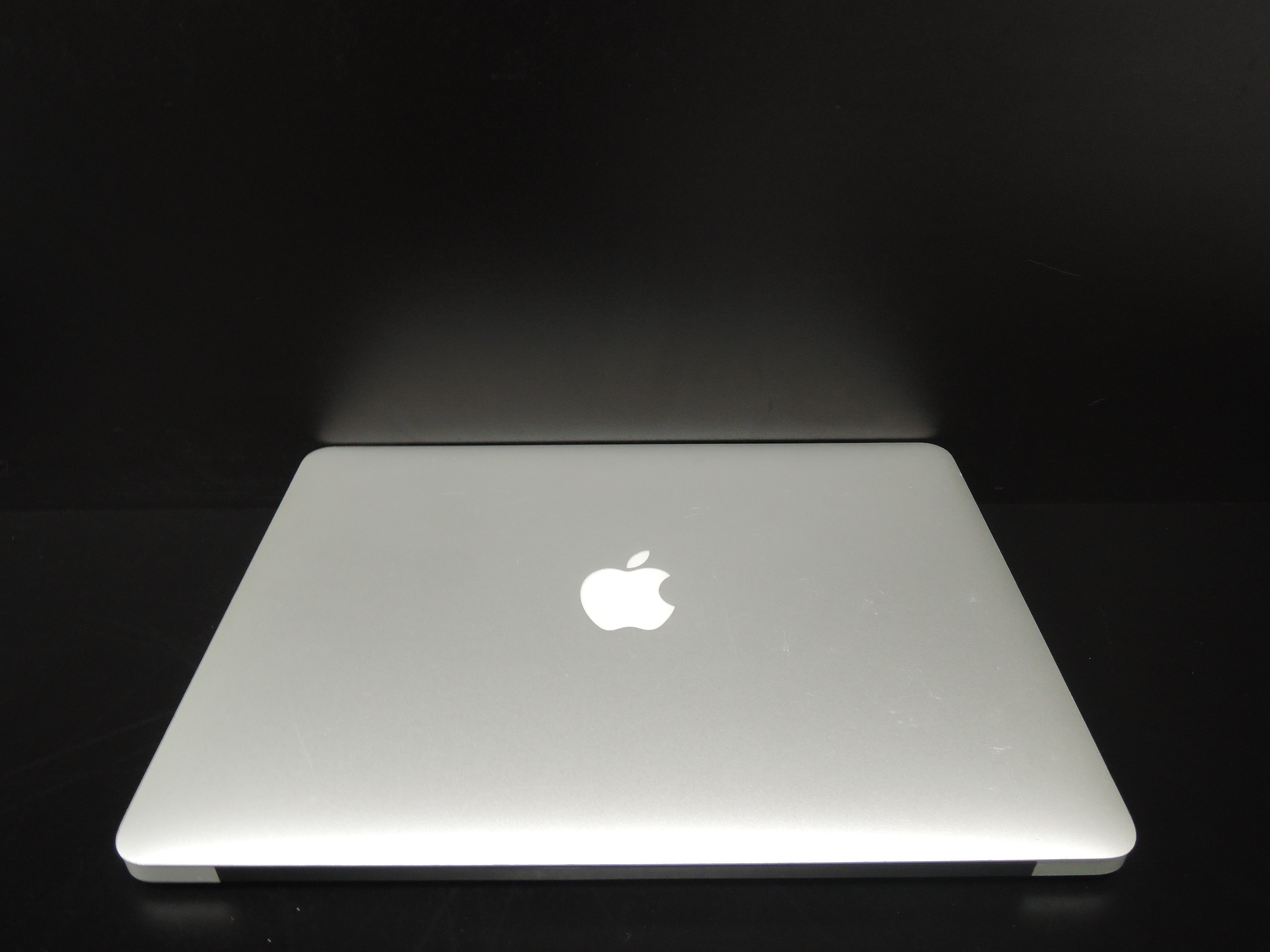"MacBook AIR 13.3""/i5 1.3GHz/8GB RAM/256GB SSD"