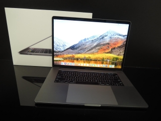 "MacBook PRO RETINA 15.4"" 2017/i7 2.9 GHz/16GB RAM/512GB SSD - 4GB Grafika - Applecare"