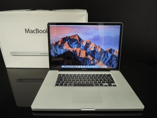 "MacBook PRO 17""/C2D 2.8GHz/4GB RAM/320GB HDD"