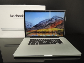 "MacBook PRO 17"" /i7 2.2 GHz/8GB RAM/1TB HDD"
