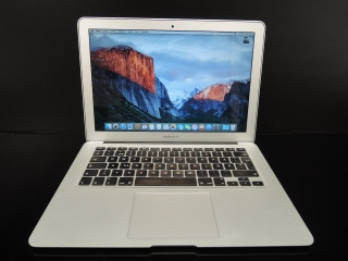 "MacBook AIR 13.3""/i5 1.3GHz/4GB RAM/256GB SSD"