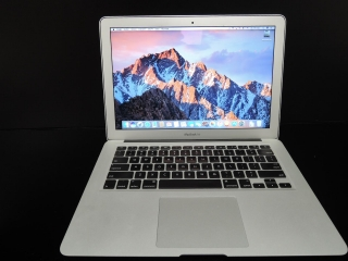 "MacBook AIR 13.3"" CTO/i7 1.8GHz/4GB RAM/256GB SSD"