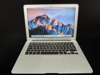"MacBook AIR 13.3""/i5 1.8GHz/4GB RAM/64GB SSD"