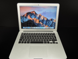 "MacBook AIR 13.3""/i5 1.3GHz/8GB RAM/128GB SSD"