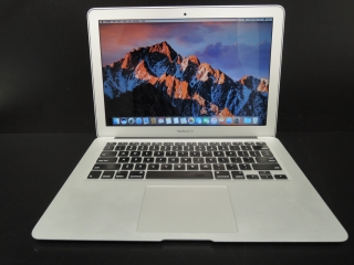 "MacBook AIR 13.3""/i5 1.4GHz/4GB RAM/256GB SSD"