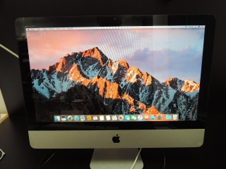 "Apple iMac 21.5""/i3 3.06GHz/8GB RAM/500GB HDD"