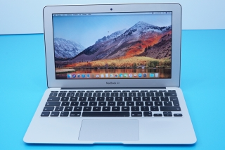 "MACBOOK AIR 11.6"" / I5 1.4GHZ / 4GB RAM / 128GB SSD"
